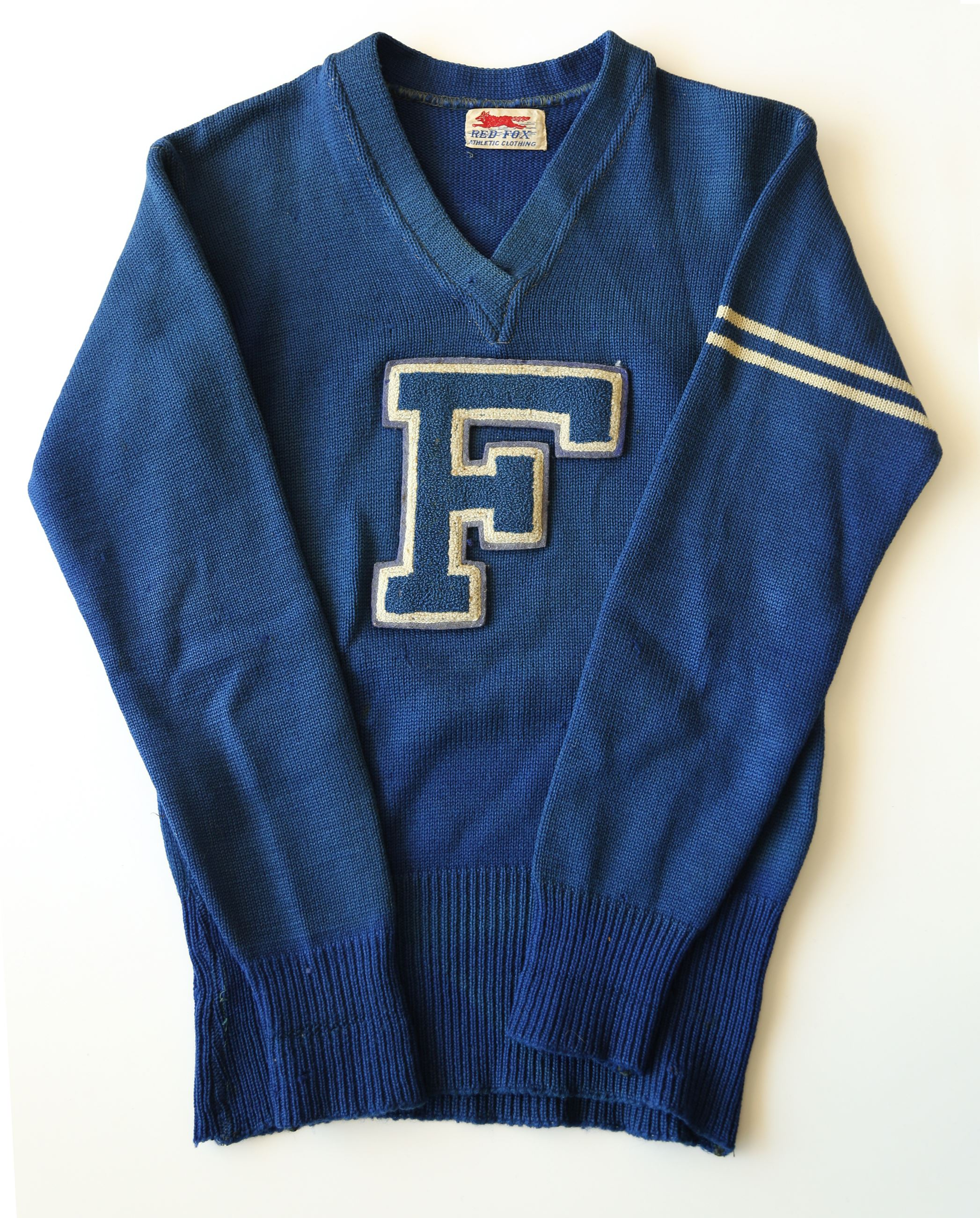 1934 Fate Club Football sweater was worn by Robert Pershing -Peanut - Harris